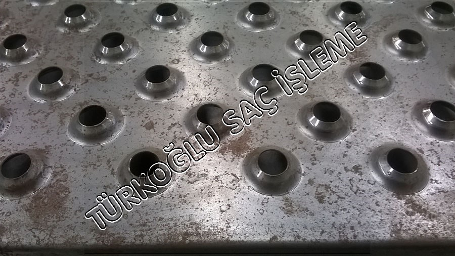 Şişirme Metal Punch Form