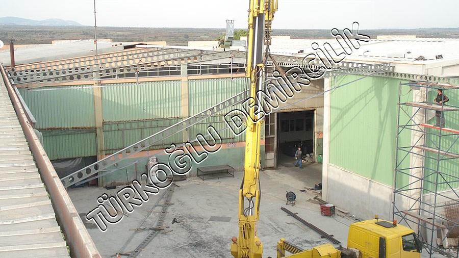 Ekipsan Fabrika Ekbina Çelik Çatı
