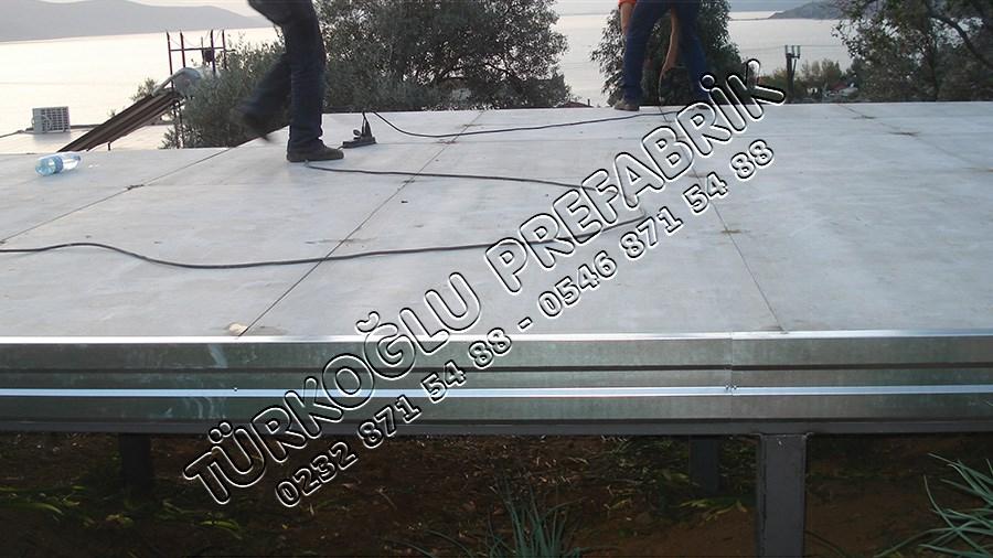 Prefabrik ev çatı yapımı
